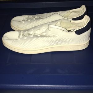euc adidas mesh stan smith sneakers